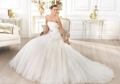 Pronovias 2014 Layered Bridal Ball Gown Liceria